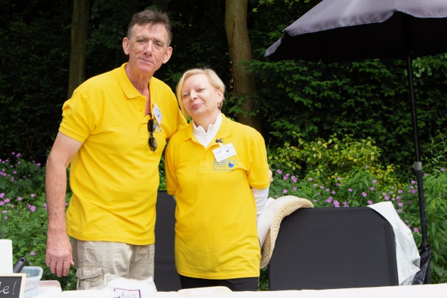 Volunteer Chamber Operator Lydia & her husband Kevin providing homemade ice-cream
